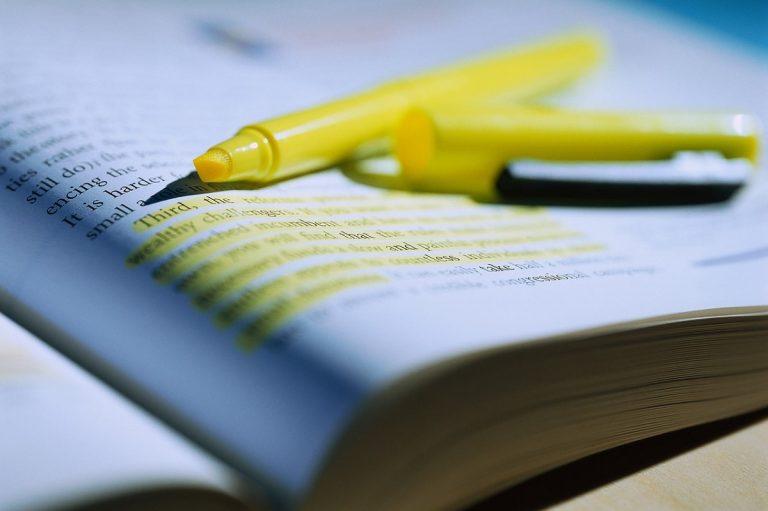 Lee más sobre el artículo 10 mejores páginas para resumir textos de forma rápida